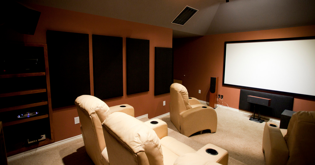 How to Choose the Perfect Lighting for Your Media Room